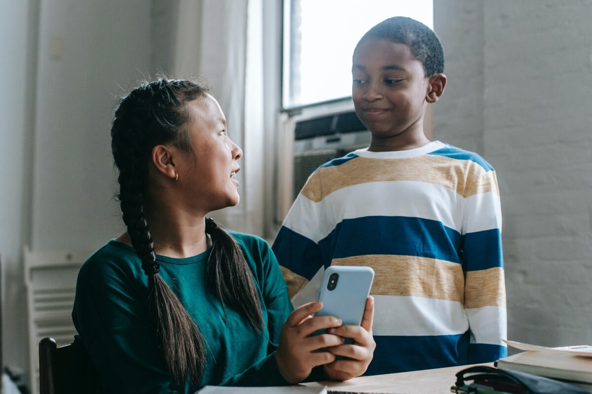 tech-sharing-communication