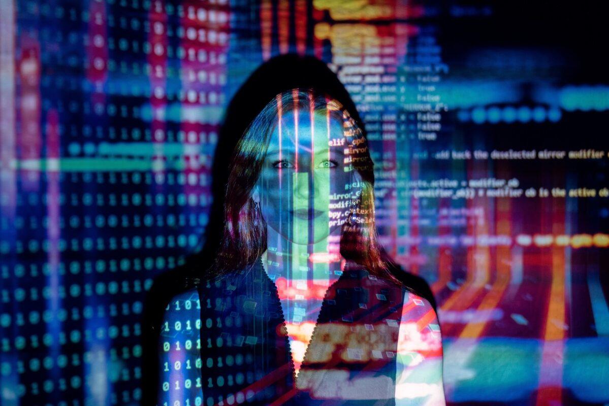 tech-data-shown-infront-of-a-woman